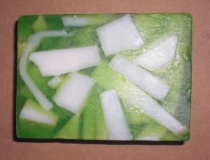 Sabun Motif, Terbuat dari bahan-bahan alami (VCO, Olive Oil, Soya Oil) Ukuran 100gram, Harga Rp. 12.500,- minimum order 50pcs